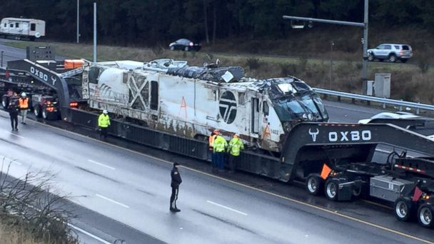 270,000-pound Amtrak locomotive moved from Wash. crash site for examination