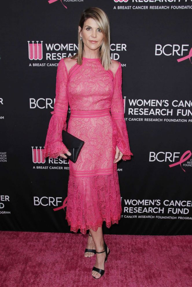 PHOTO: Lori Loughlin at the Women's Cancer Research Funds An Unforgettable Evening at the Beverly Wilshire Hotel, Feb. 28, 2019, in Beverly Hills, Calif.
