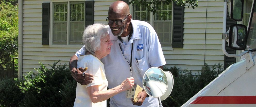 "PHOTO: Lorraine Wascher, who has been a stop on Floyd Martins route in Marietta, Ga., for 20 years said the retired mailman ""always had a smile""."