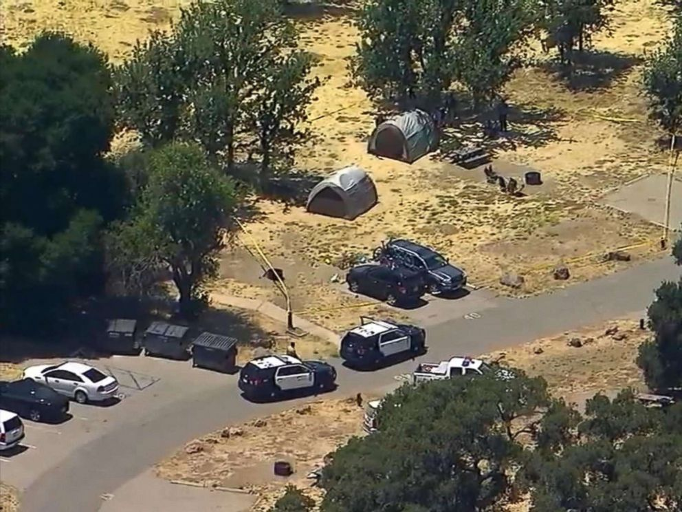 PHOTO: Los Angeles County sheriffs deputies are investigating the fatal shooting of a man who was camping with his family in Calabasas Friday, June 22, 2018.