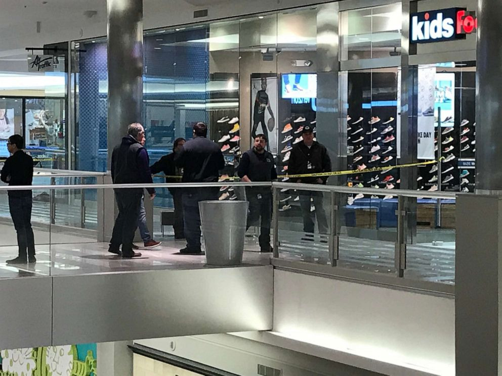 Child thrown from third floor Mall of America balcony