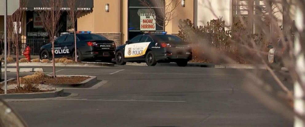 PHOTO: Authorities respond to a shooting that injured two people at the Fashion Place Mall in Murray, Utah, Jan. 13, 2019.