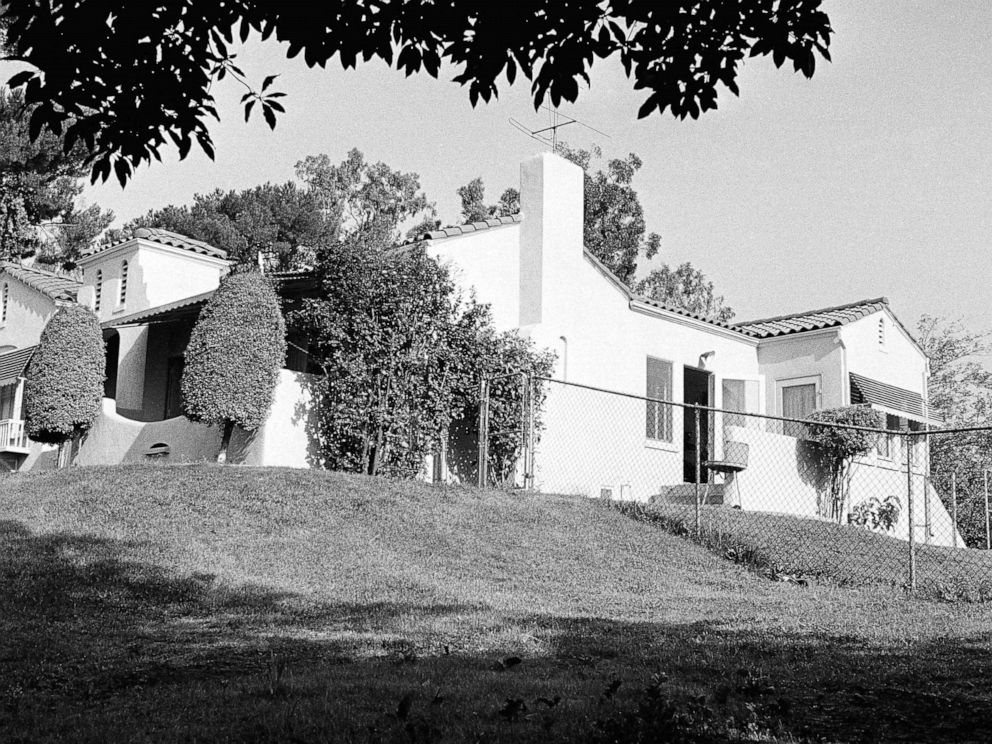 PHOTO: In this August 11, 1969, file photo, this hilltop home in Los Angeles Los Feliz district is where Leno and Rosemary LaBianca were slain.