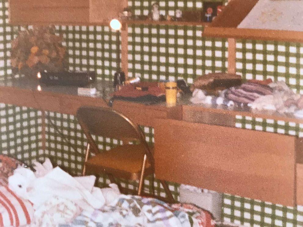 PHOTO: Family photo of Margaret Wardlows childhood bedroom.