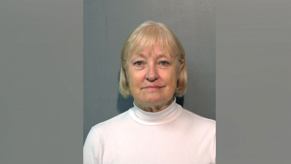 'Serial Stowaway' arrested again at Chicago airport trying to sneak past security thumbnail