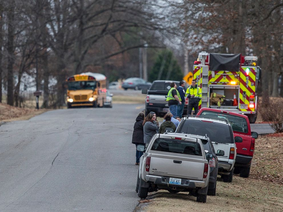 PHOTO: On Jan. 23, 2018, emergency crews respond to Marshall County High School after a fatal school shooting happened in Benton, Ky.