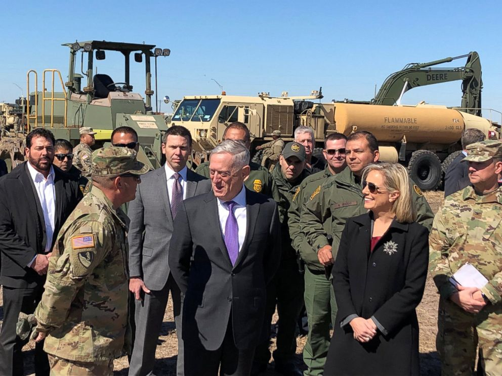 PHOTO: Defense Secretary Jim Mattis and Secretary of Homeland Security Kirstjen Nielsen tour Base Camp Donna in Donna, Texas, Nov. 14, 2018.