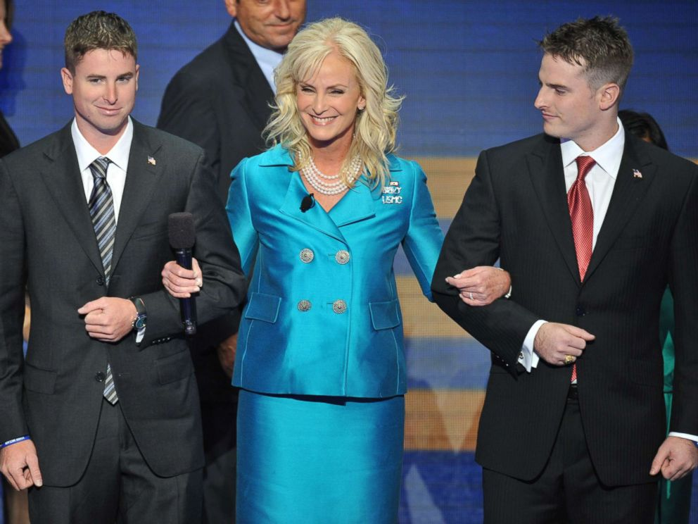 PHOTO: Cindy McCain takes the stage with sons Jimmy, left, and Jack during the Republican National Convention, Sept. 4, 2008 in St. Paul, Minn.