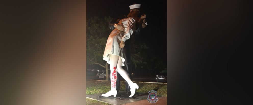 "PHOTO: The ""Unconditional Surrender"" statue in Sarasota, Fla., was found vandalized on Feb. 19, 2019."