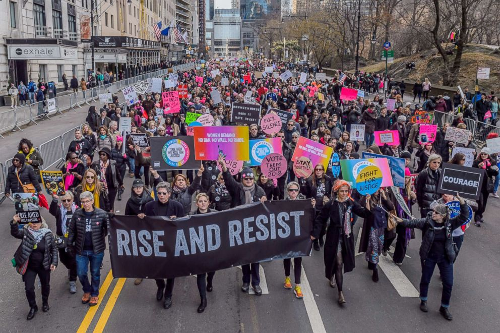 PHOTO: Over a hundred thousand New Yorkers took to the streets on Central Park West from Columbus Circle to 86th Street on Jan. 20, 2018, at the 2018 Womens March in New York.