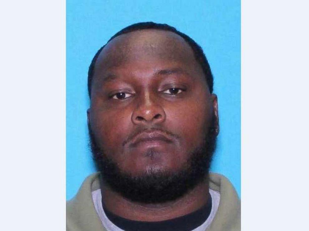 Man in custody after 3 children found dead in Texas apartment