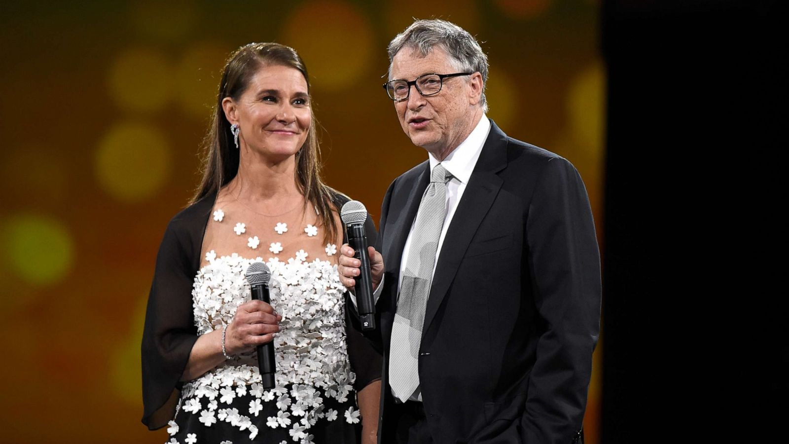 Bill and Melinda Gates to divorce after 27 years of marriage - ABC News