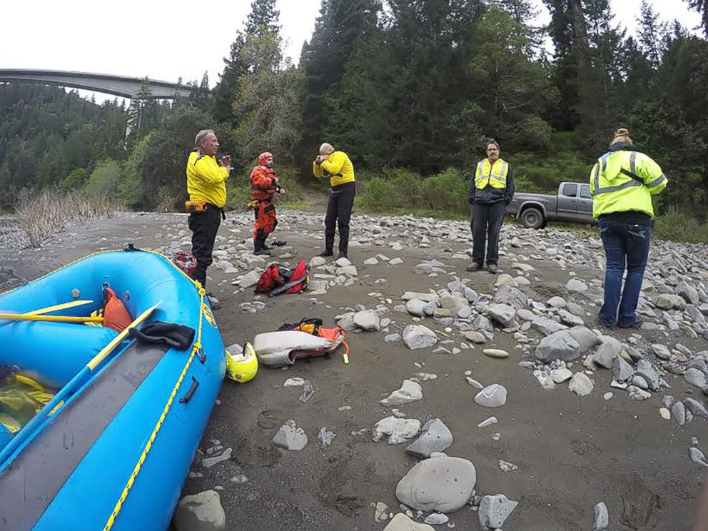 Father, daughter found in submerged vehicle in Mendocino County river