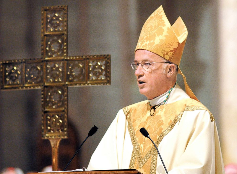 PHOTO: The Rev. Michael J. Bransfield expresses his thanks in his closing remarks during his ordination and installation during services at St. Joseph Cathedral in Wheeling, W.Va., Feb. 22, 2005.