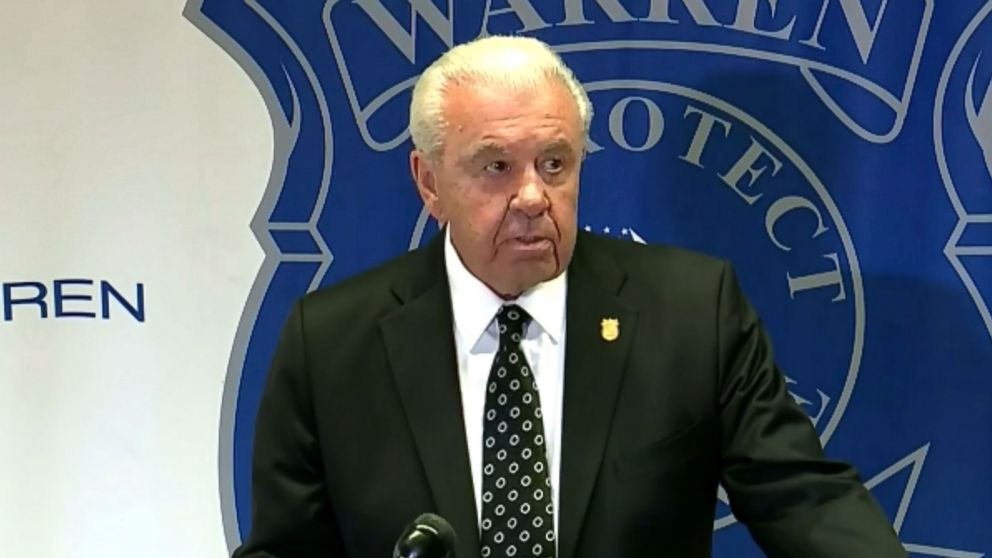 PHOTO: Warren Police Commissioner Bill Dwyer speaks at a press conference about the stabbing death of a 16-year-old high school student in Warren, Mich., Sept. 12, 2018.