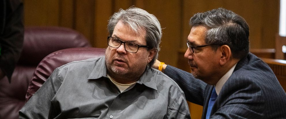 PHOTO: Jason Dalton talks with his defense attorney Eusebio Solis moments before pleading guilty to six counts of murder and several other charges at the Kalamazoo County Courthouse on Monday, Jan. 7, 2019 in Kalamazoo, Mich.