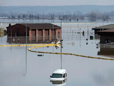 River flooding continues in Midwest with more rain heading toward region