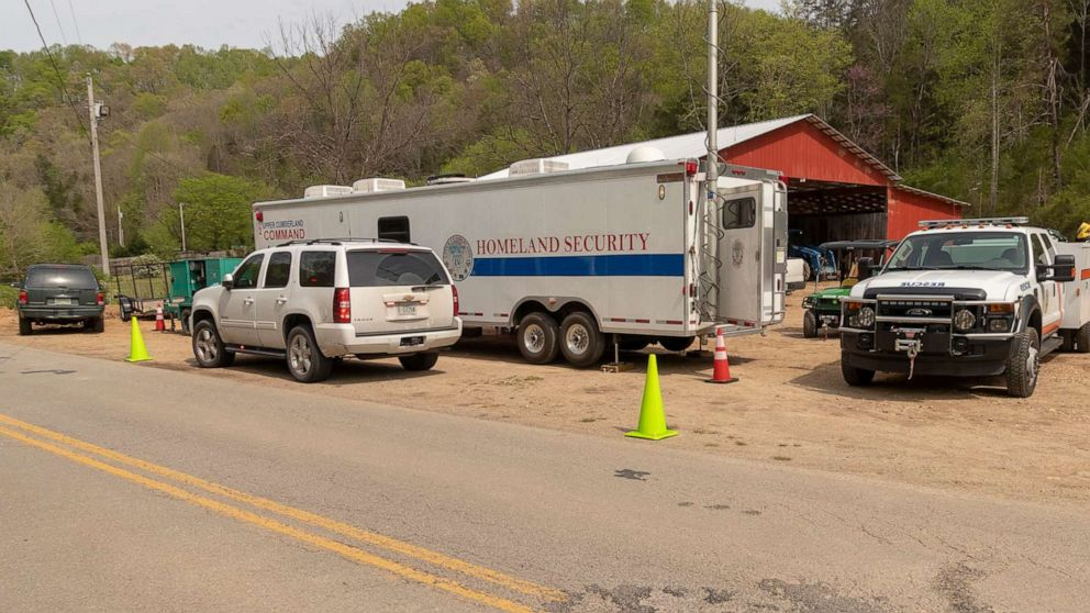 Member of Thailand soccer rescue team trapped in Tennessee cave