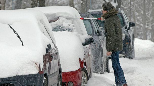 https://s.abcnews.com/images/US/minneapolis-snow-ap-mo-20190221_hpMain_16x9_608.jpg