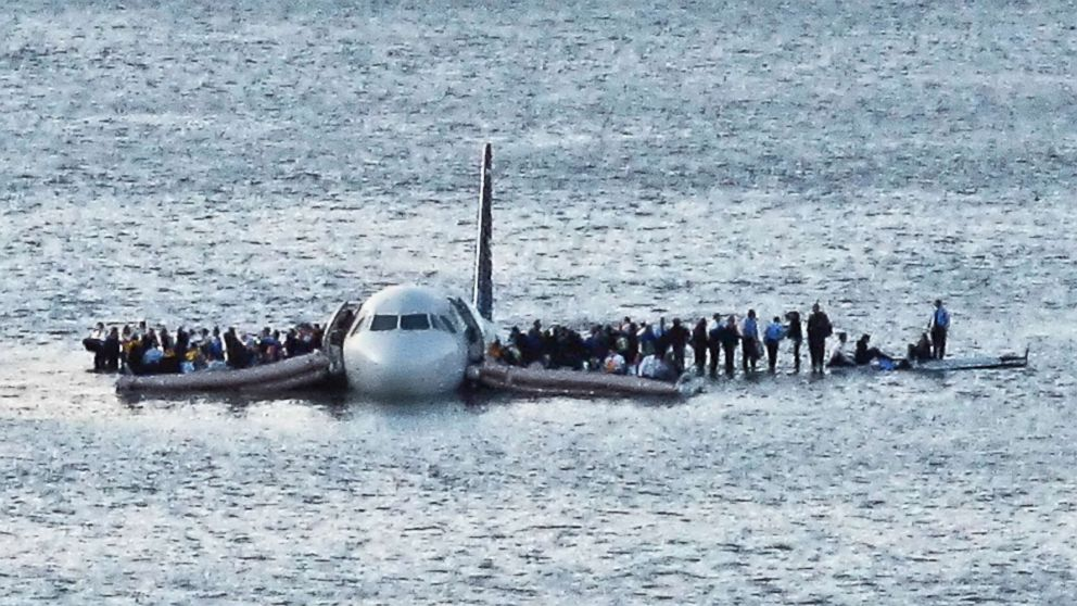 All The Pieces Had To Come Together Capt Chesley Sully Sullenberger Says On 10th Anniversary Of Miraculous Hudson River Landing Abc News