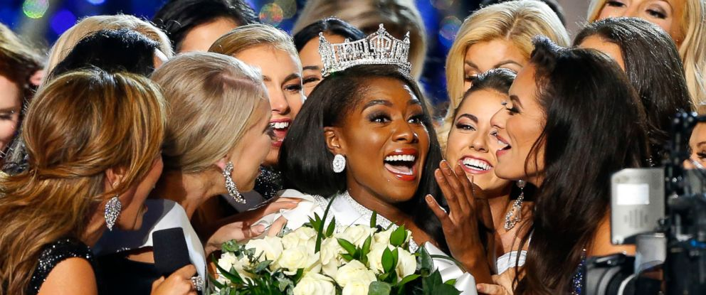 PHOTO: Nia Franklin, center, reacts after being named Miss America 2019, Sunday, Sept. 9, 2018, in Atlantic City, N.J.