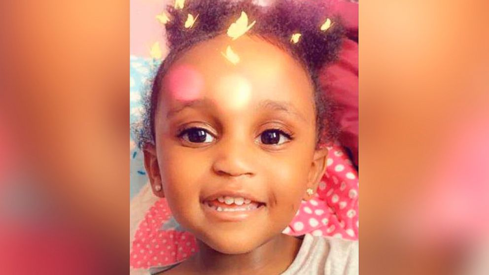 Body found wrapped in blanket on Minnesota roadside believed to be abducted 2-year-old Noelani Robinson: Police thumbnail