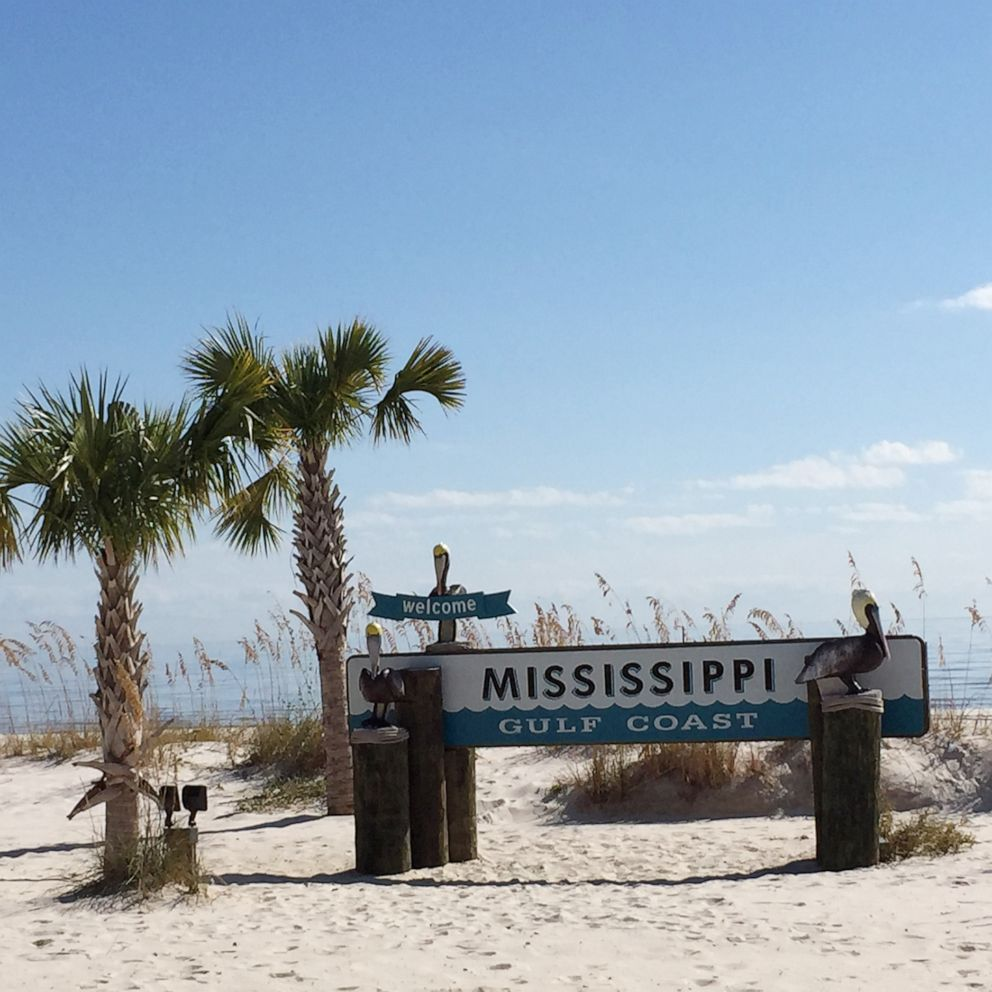 Officials Close All Mississippi Beaches Due To Blue Green Harmful