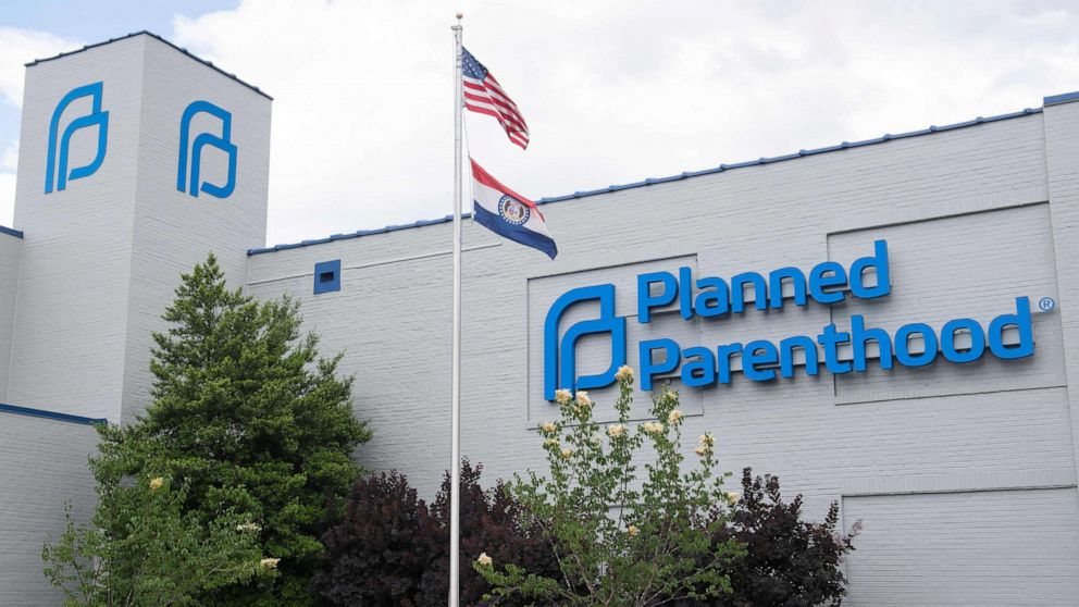 Tennessee man arrested for threatening to 'shoot up' a Planned Parenthood in DC thumbnail
