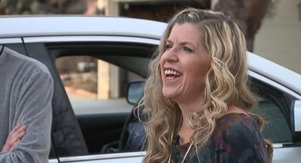 Wendy Gossett talks about the viral video of her dancing to the Backstreet Boys in stopped traffic as her son looks away in embarrassment.