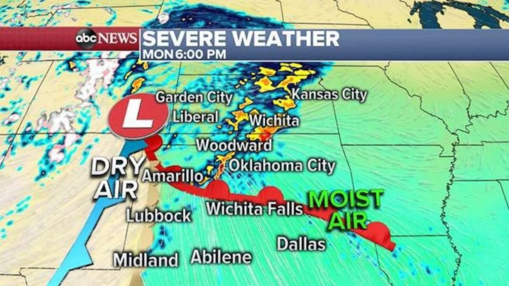 PHOTO: Dry air colliding with moist air will likely lead to tornadoes in the Plains on Monday.