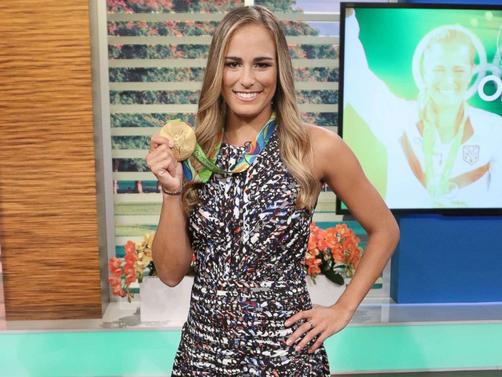 PHOTO: Gold medalist Monica Puig of Puerto Rico is seen on the set of Un Nuevo Dia at Telemundo Studios, Aug. 17, 2016, in Miami, Florida.