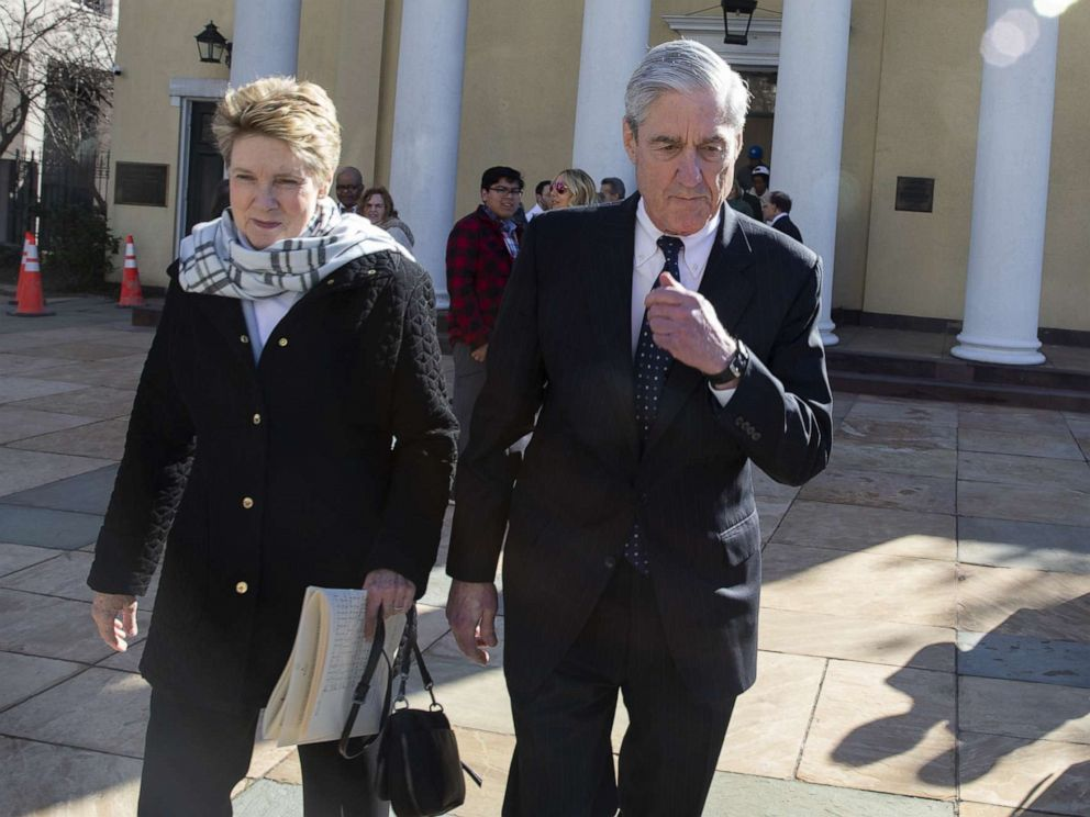 PHOTO: Special counsel Robert Mueller walks with his wife Ann Mueller, March 24, 2019, in Washington, D.C.