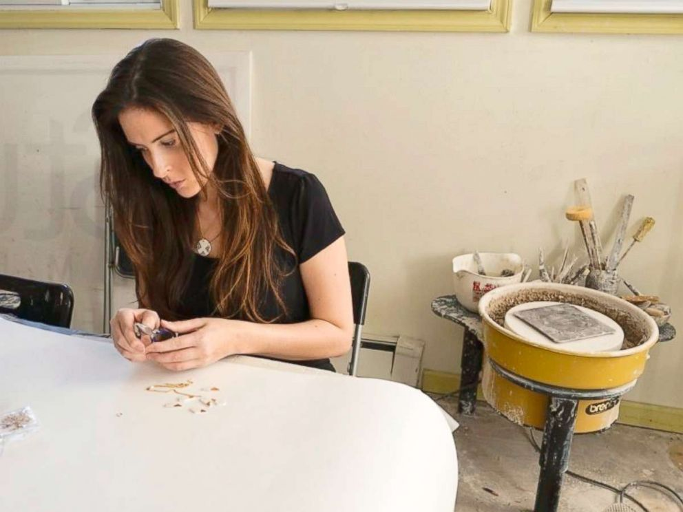 PHOTO: Naomi Singer is the owner of Modern Mud, a ceramics business.