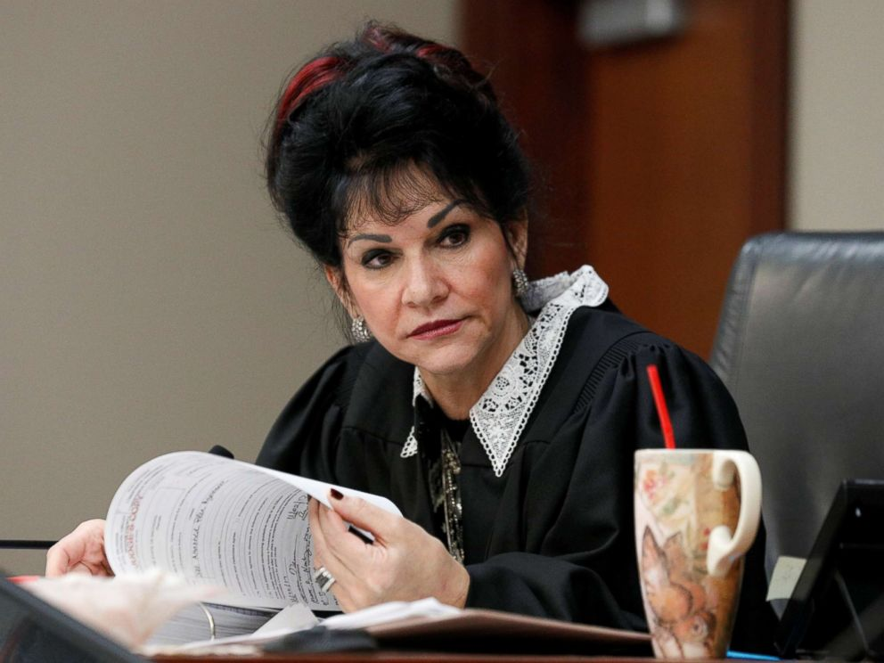 PHOTO: Circuit Court Judge Rosemarie Aquilina addresses Larry Nassar during his sentencing hearing in Lansing, Mich., Jan. 18, 2018.