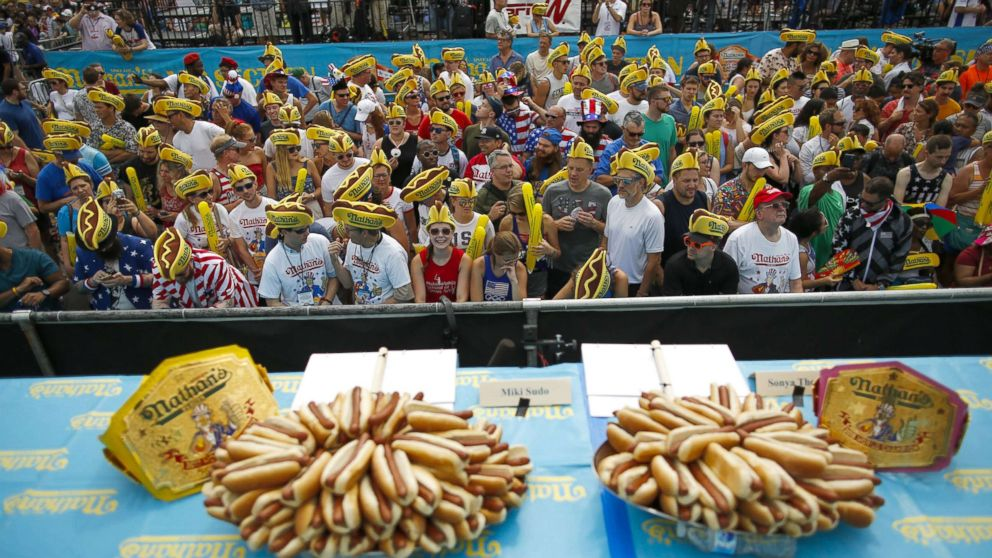 Joey Jaws Chestnut Gobbles 74 Hotdogs Setting New World Record