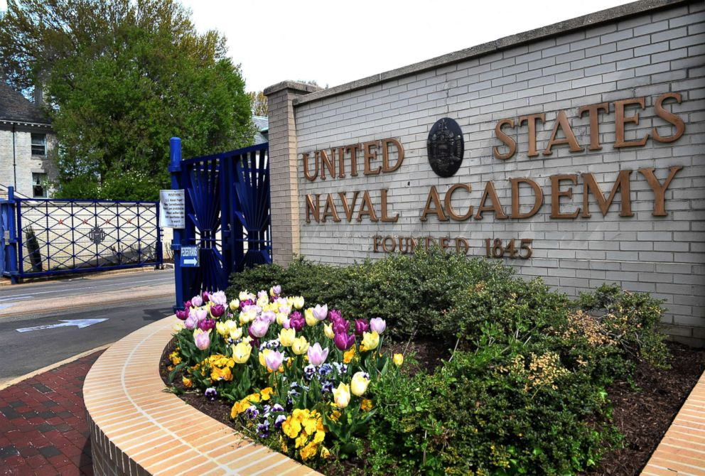 PHOTO: The main entrance gate of the U.S. Naval Academy in Annapolis, Md., April 19, 2016.