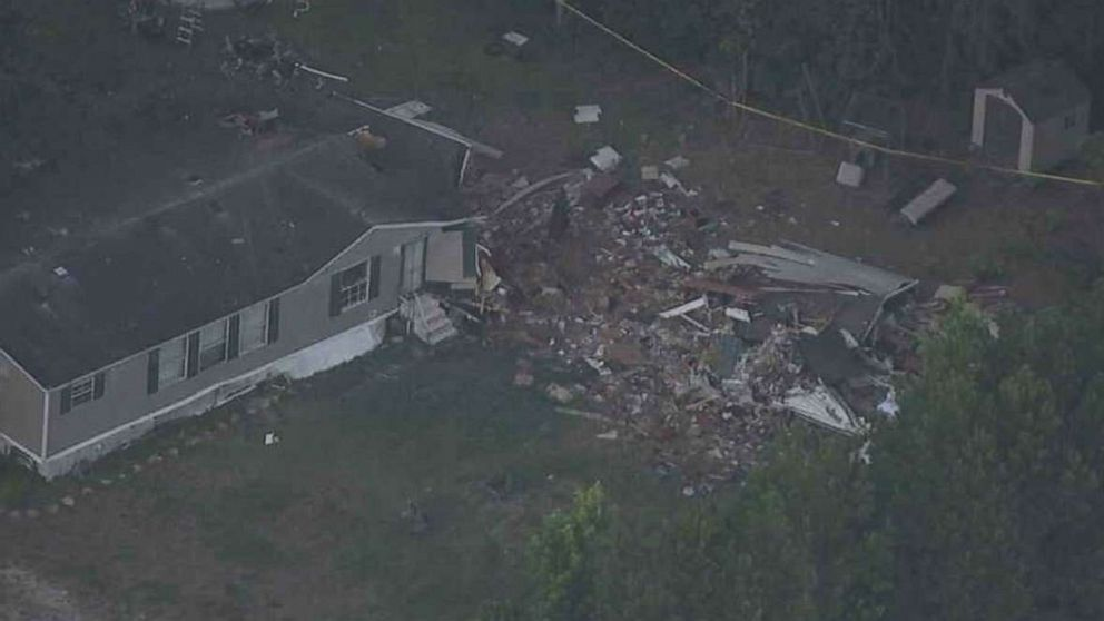 2 dead, 1 injured when plane crashes into North Carolina home thumbnail