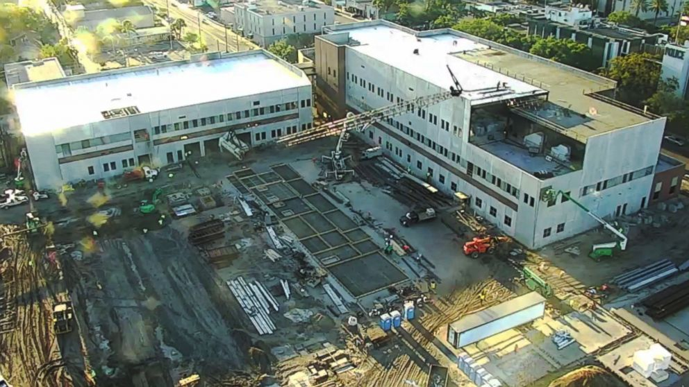 PHOTO: A crane fell at the construction site of the new police headquarters in St. Petersburg, Fla., on April 5, 2018.
