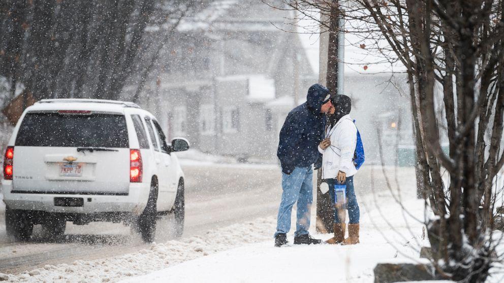 Sturm bewegte im Osten, neuer Sturm, sich über UNS zu Beginn der neuen Jahres