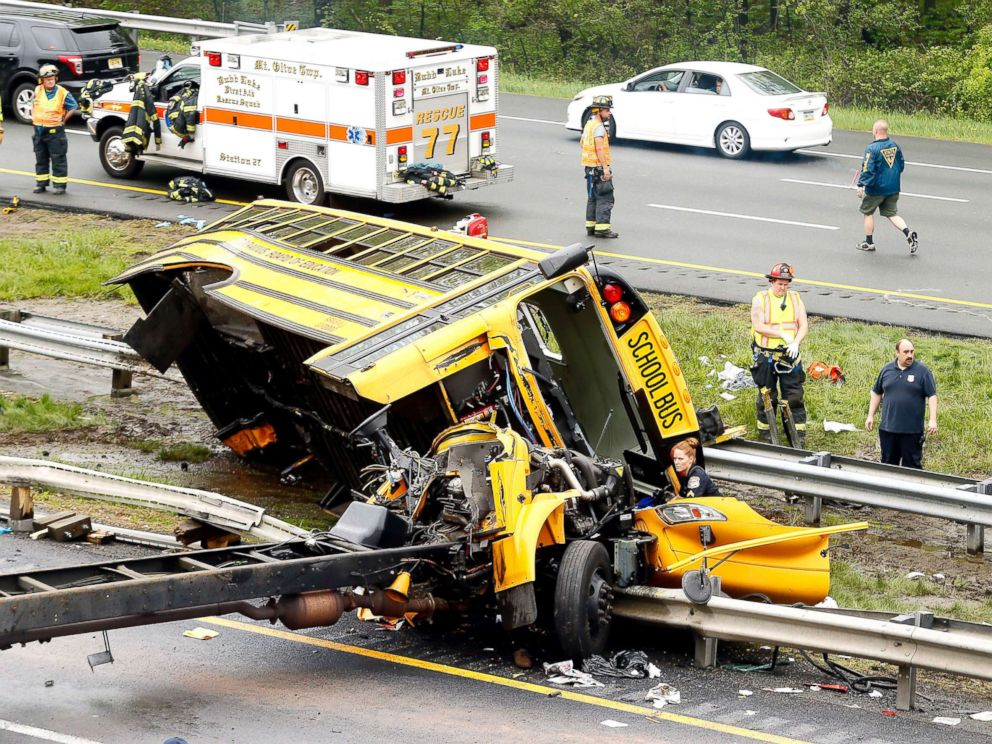 PHOTO: Multiple injuries have been reported after a serious crash between school bus carrying middle school students and dump truck on a New Jersey highway, according to police, May 17, 2018.
