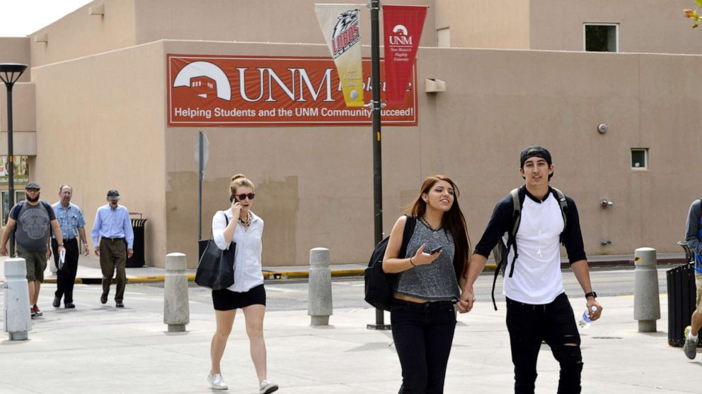 New Mexico announces plan to offer free college tuition to state residents thumbnail