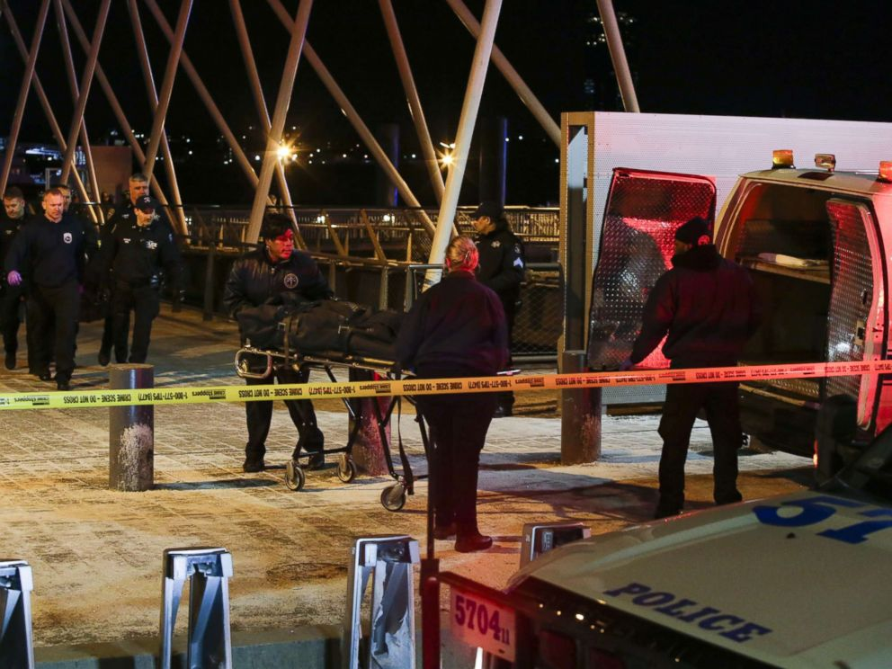Helicopter crash in Manhattan's East River kills all 5
