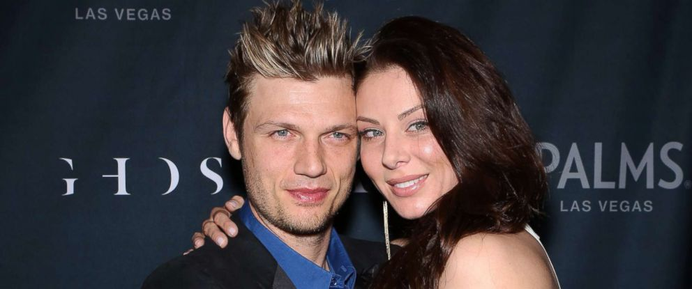 PHOTO: Nick Carter and Lauren Kitt arrive in Las Vegas, Nevada.