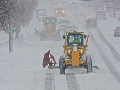 Winter storm brings 1-2 feet of snow, dangerous drop in temperatures