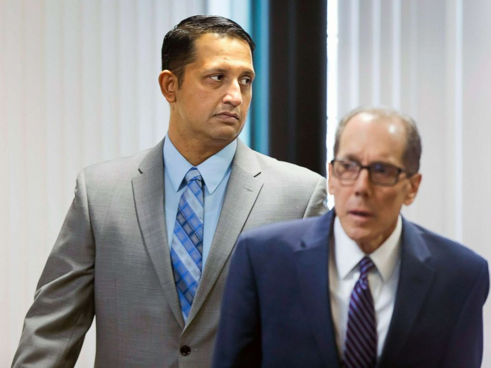 PHOTO: Nouman Raja enters the courtroom with defense attorney Richard Lubin for closing arguments in his trial, March 6, 2019, in West Palm Beach, Fla.