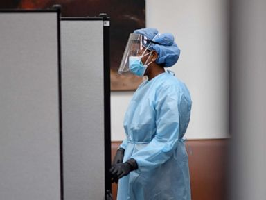 Coronavirus updates: COVID-19 cases among US health care workers top 62,000