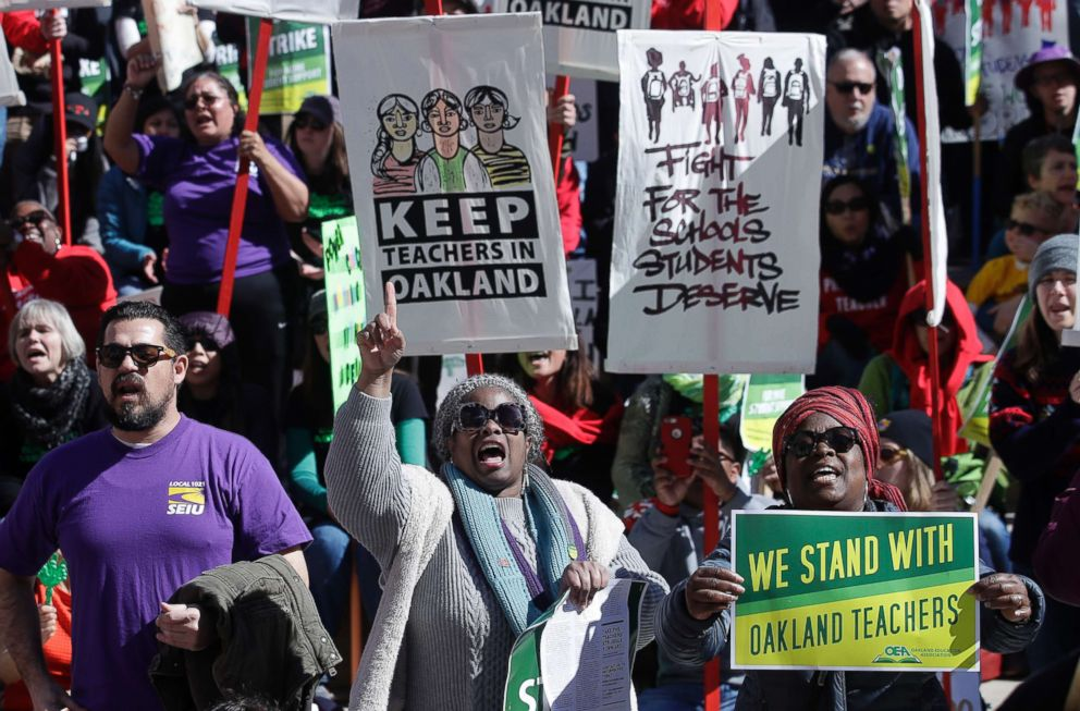 PHOTO: Teachers, students and supporters rally at Frank Ogawa Plaza in front of City Hall in Oakland, Calif., Feb. 21, 2019.