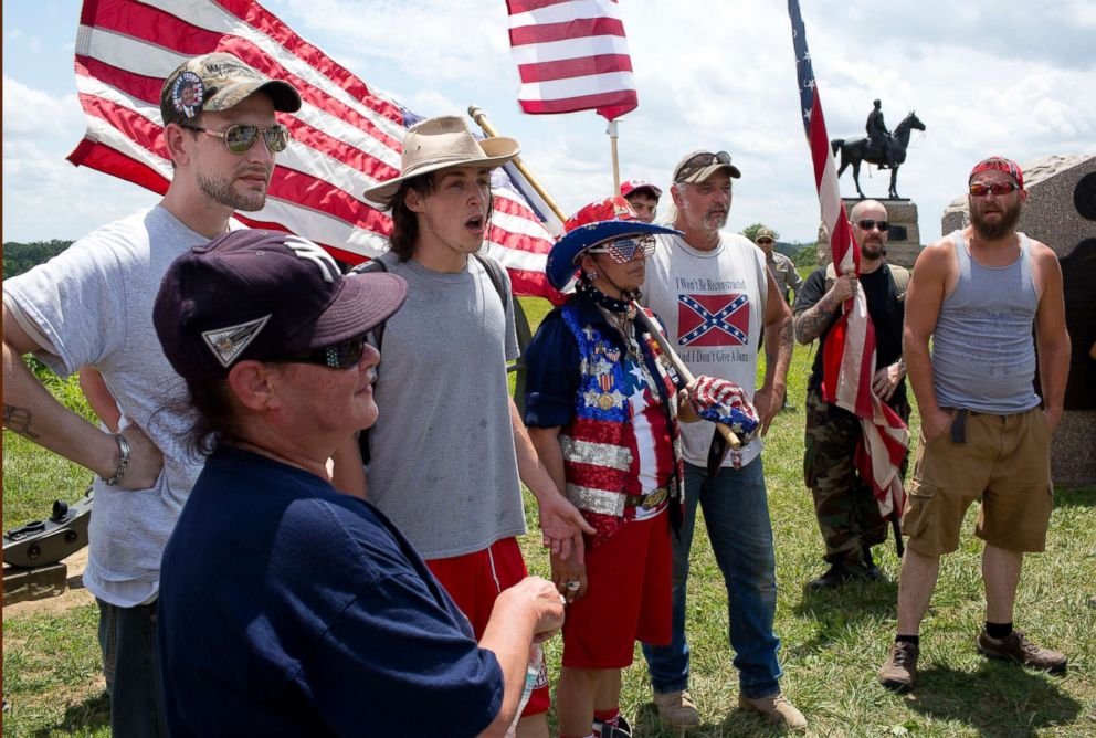 PHOTO: Alt-right groups including militias, the oath keepers, klans-men, and confederate flag advocates, descend upon the Gettysburg battlefield to defend it from a rumored confederate flag burning,July 1, 2017 at the Gettysburg National Park.
