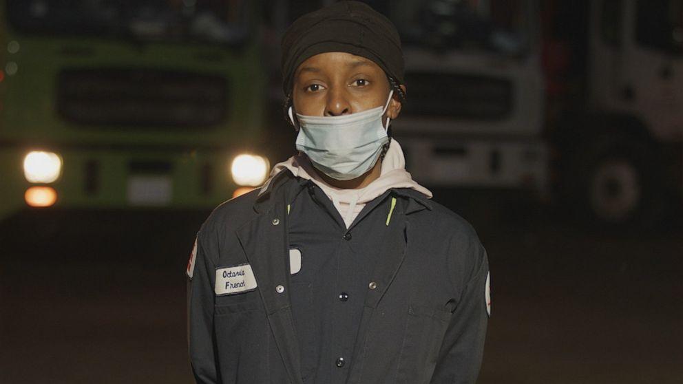 Wie wichtig die Arbeitnehmer, die nicht zu Hause bleiben, sind den Umgang mit der Corona-Virus-Pandemie