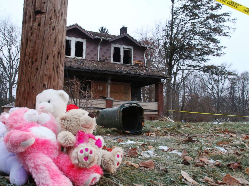 Five young kids killed in Ohio house fire